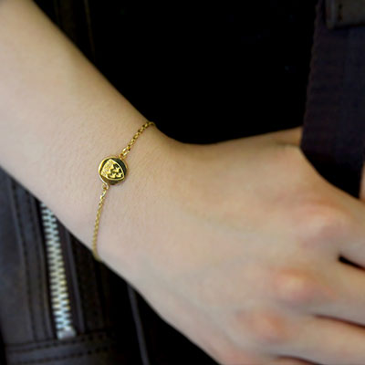 McGill Mini Crest Bracelet - GOLD